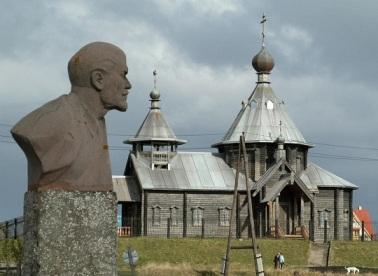 Lenin-i-tserkov